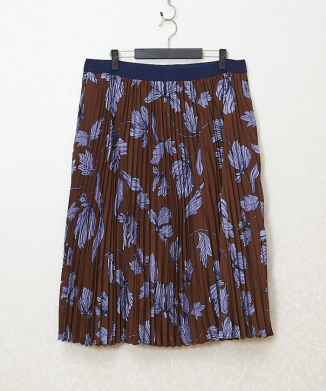 【ModCloth】Stretch Grosgrain Pleated A‐line Skirt